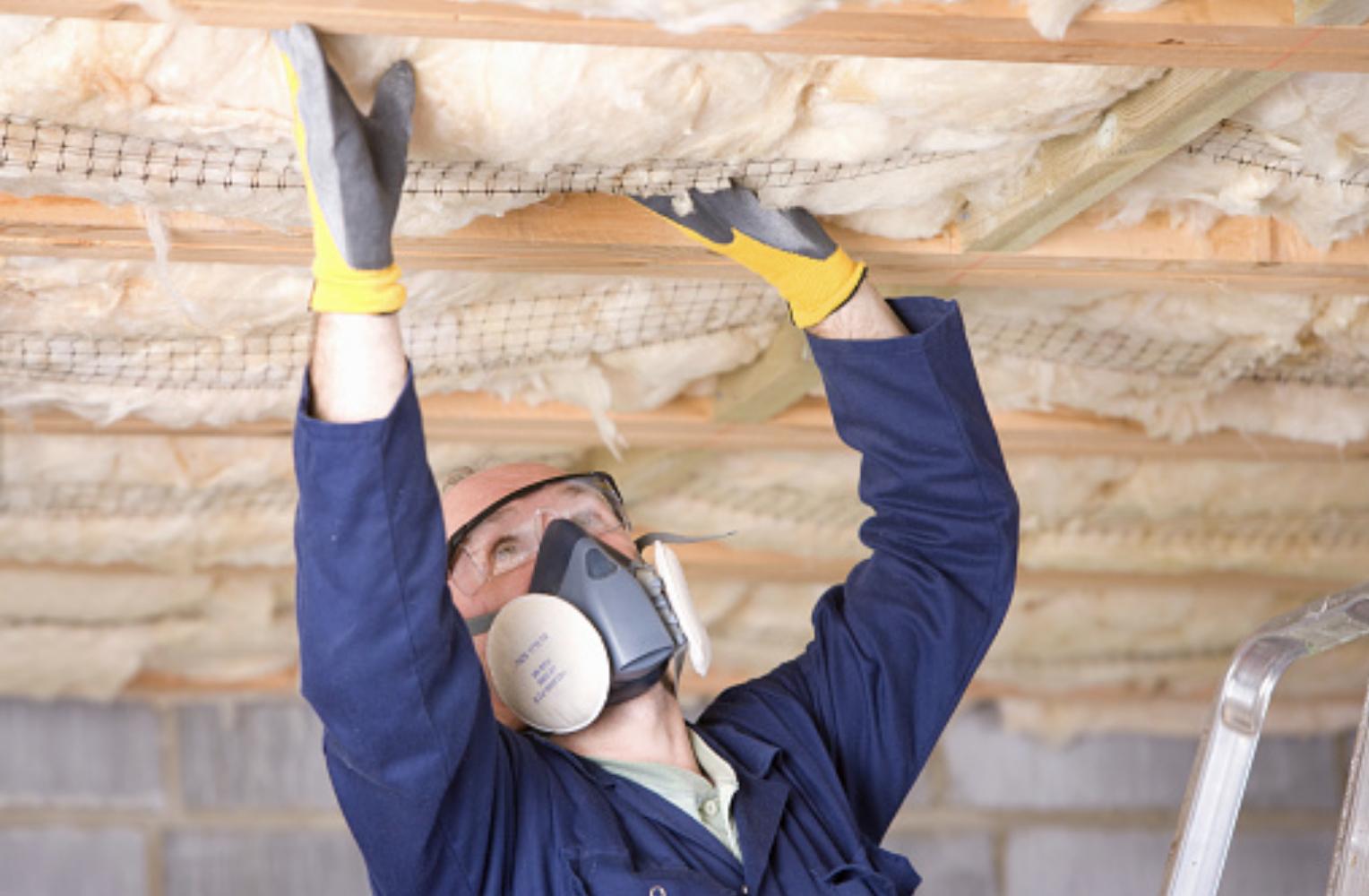 Утепляем потолок в частном доме